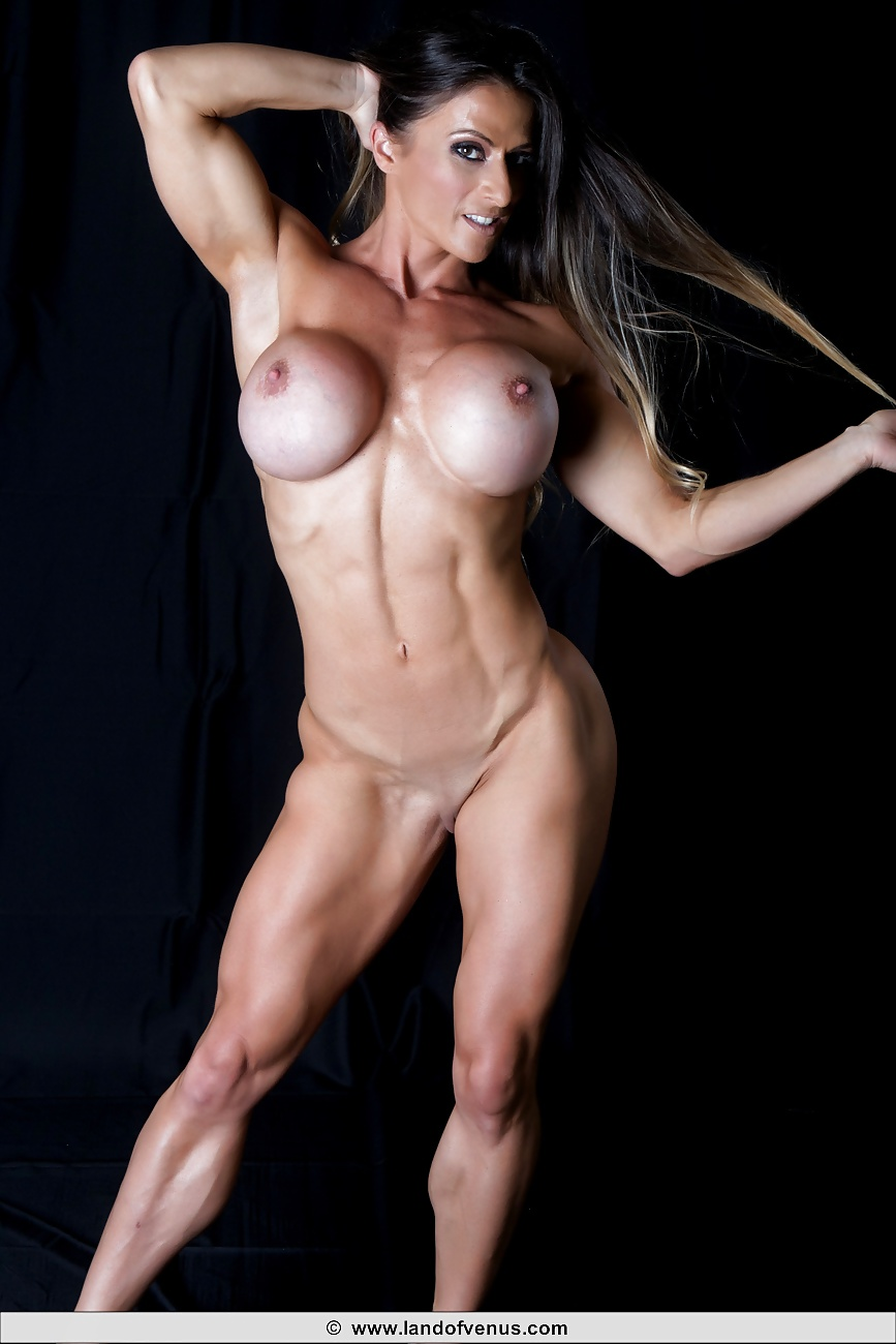 Nude bodybuilder female women bodybuilding