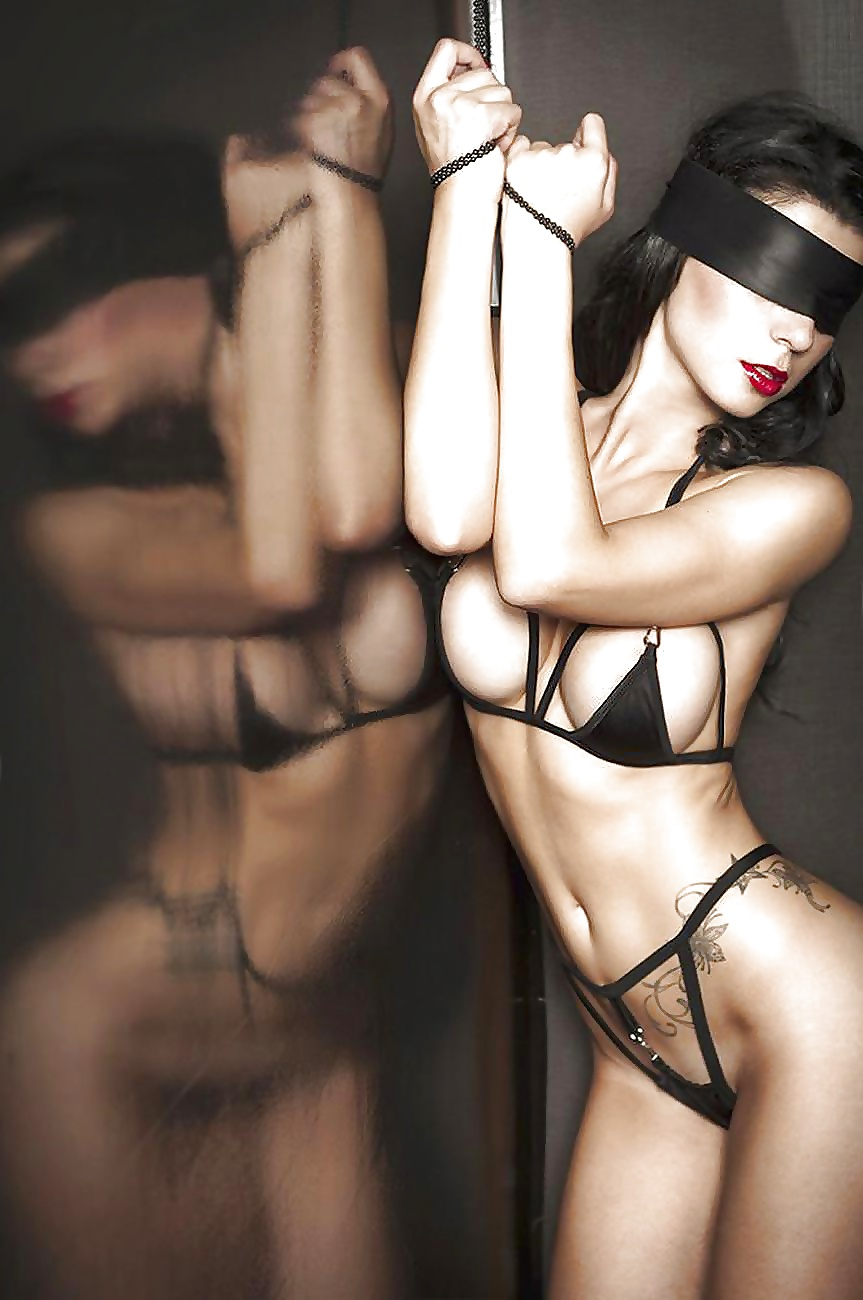Submissive paris escort