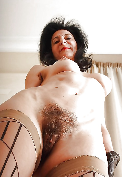 Lovely hairy ladies pic