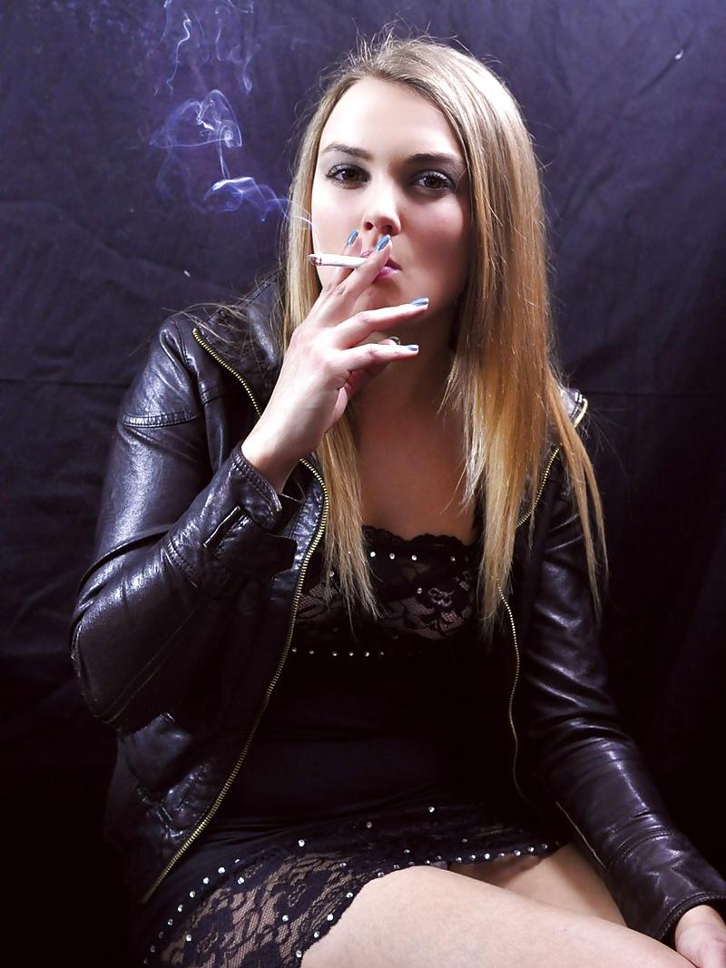 Smoking girl kasia