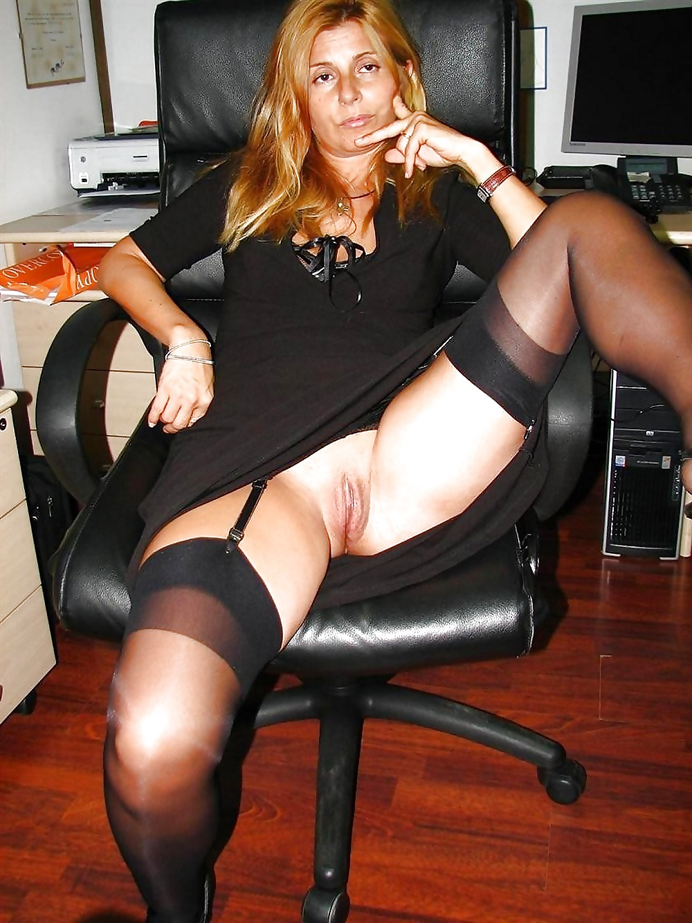 Candid blonde milf upskirt, uploaded by urisant