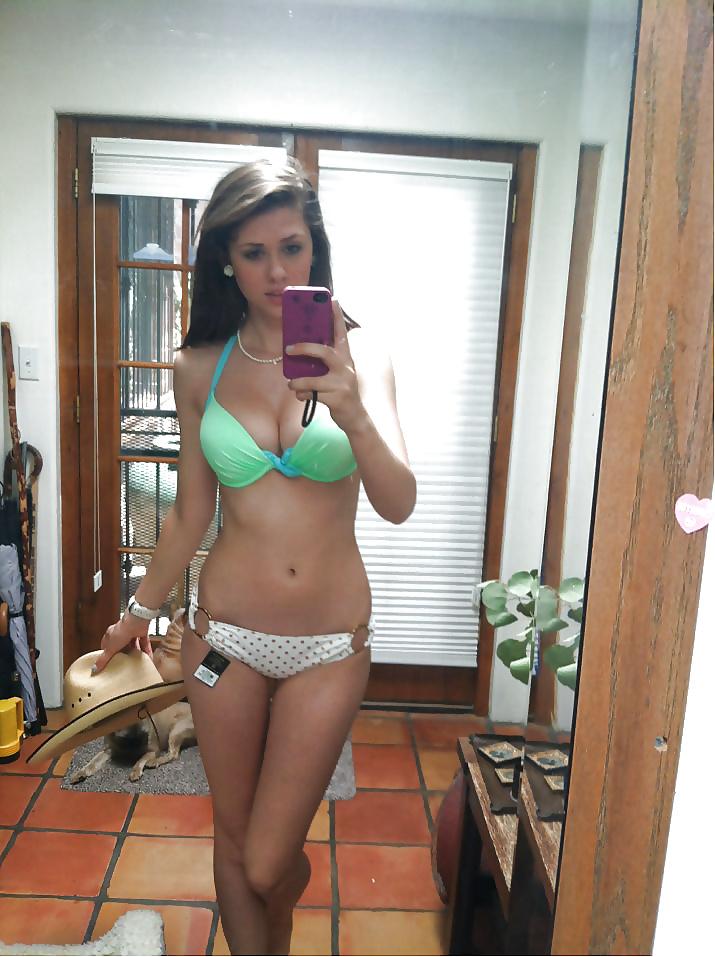Kinky naked girl mirror selfies