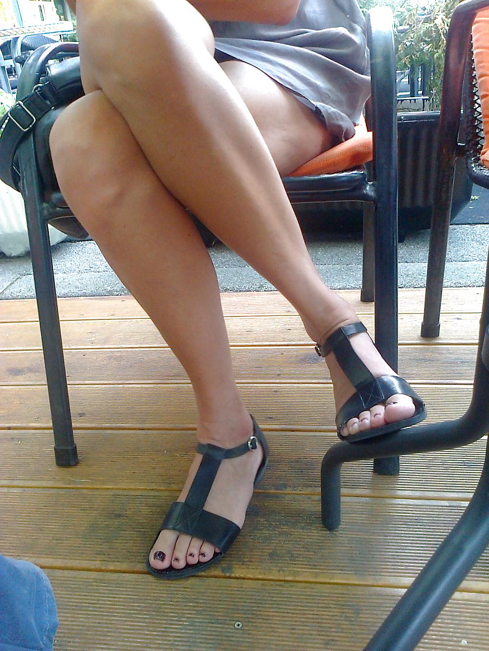 Candid Feet Captured Candid Milf Feet