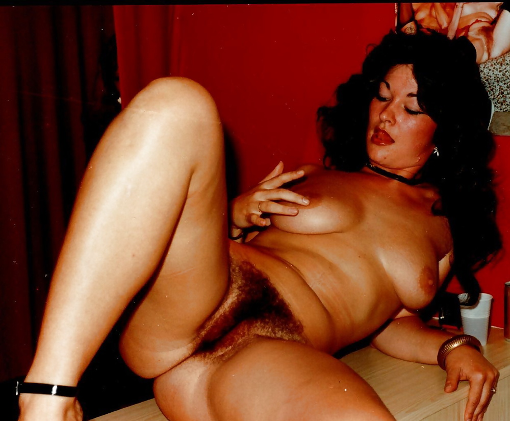 Free gallery hairy pussy retro trailer