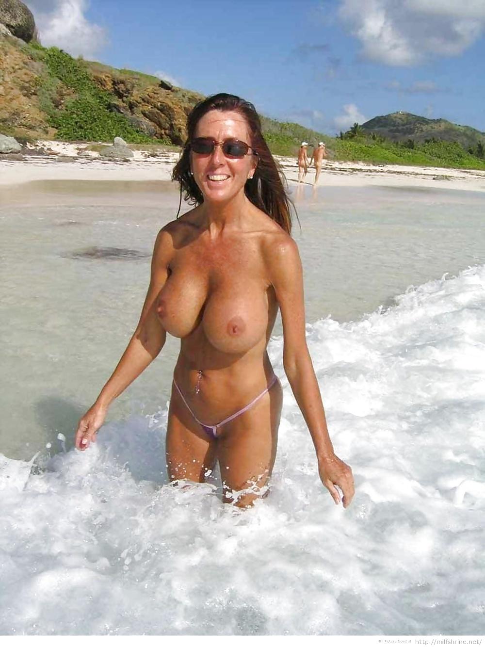 Heidi klum topless beach mom hard