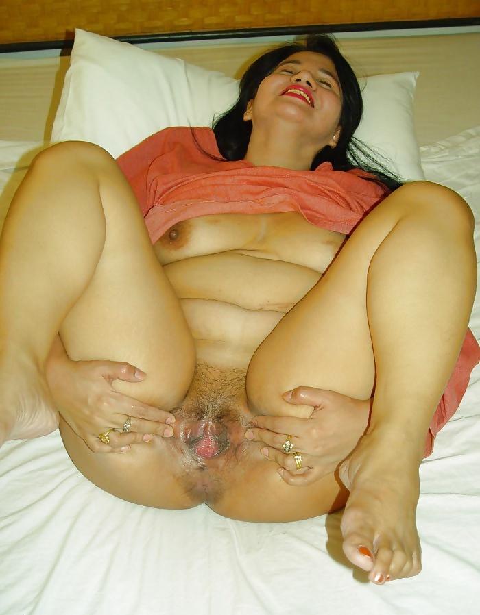 Asian Granny Ass Solo Hot Porn