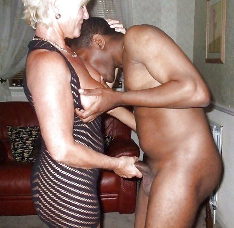 Old sex waiting woman