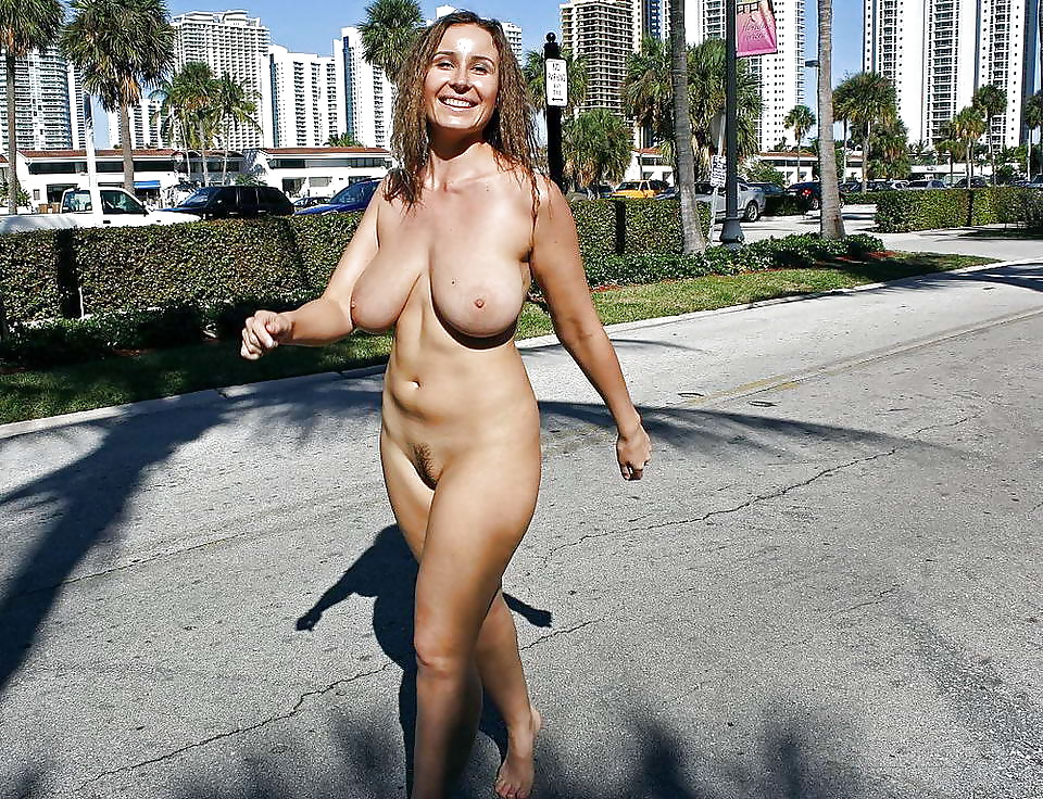 Old English Farming Couple Fuck In The Yard While Kim Images Hot Wife Exhibitionist