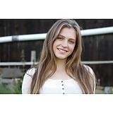 Larissa (18)