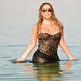 Mariah Carey (IG) Wet 6-29-17 (1)