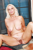 sexy grandmoms (for granny lovers) (21)