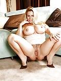 Hot Chicks #11 (18/46)