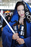 Star Wars Cosplaying Jedi  (16/27)