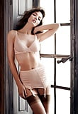 Sexy Window Babes  (9/66)