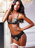 Black Girls in Lingerie 14  (13/80)