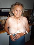 Grandma horny and fat - Oma geil und fett -167 (11)