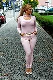 MONA (49)
