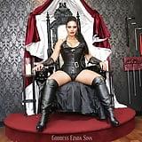 Mistress Ezada Sinn (11)