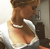 Sexy Dirndl Girls 85 (15)