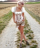 Sexy Dirndl Girls 89 (13)