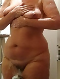 More BBW in the shower, real hot pics! (6)